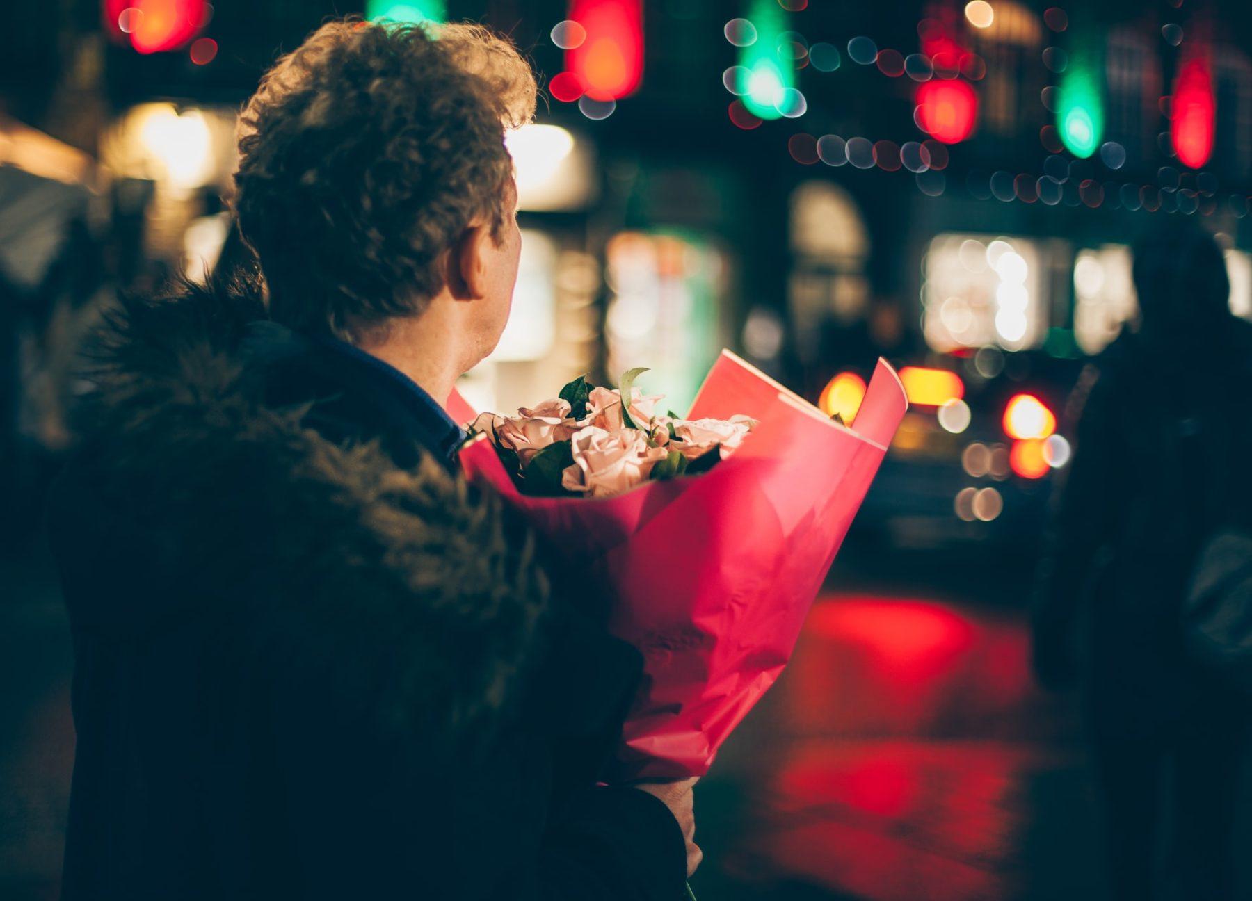 Quel cadeau de Saint-Valentin offrir? Notre sélection pour une soirée en couple parfaite!