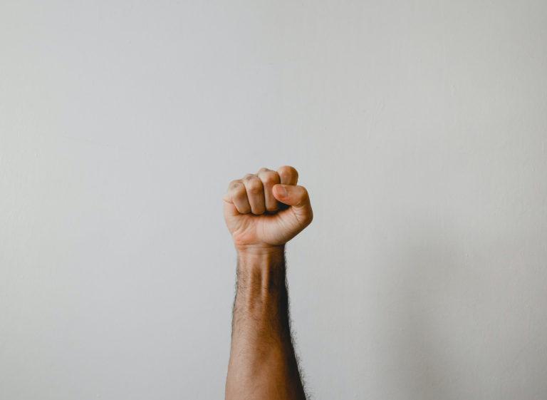 Le fist fucking anal, plaisir dans la dilatation extrême [SUITE & FIN]